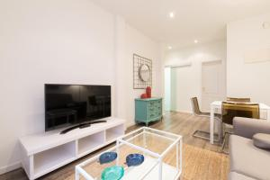 Friendly Rentals Arguelles II, Apartmanok  Madrid - big - 13
