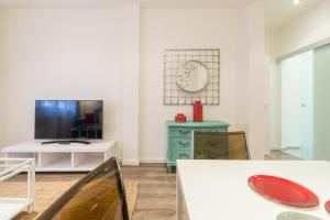 Friendly Rentals Arguelles II, Appartamenti  Madrid - big - 11