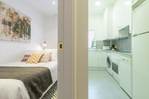 Friendly Rentals Arguelles II, Apartmanok  Madrid - big - 8