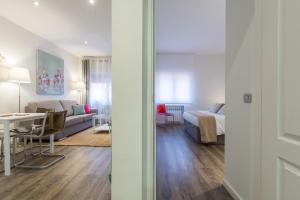 Friendly Rentals Arguelles II, Apartmanok  Madrid - big - 6