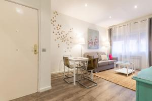 Friendly Rentals Arguelles II, Appartamenti  Madrid - big - 46