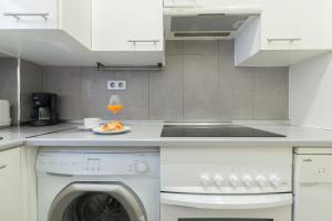 Friendly Rentals Arguelles II, Appartamenti  Madrid - big - 43