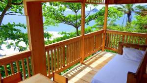 Rocks Tree House