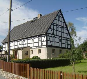 Villa Rosa in 01454 Wachau bei Dresden