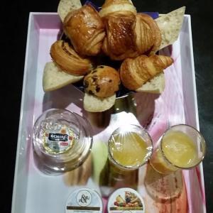 Le Coeur du 6ème, Bed and breakfasts  Lyon - big - 39