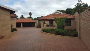 Boschdal Upmarket Guesthouse