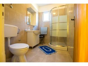 Apartments Velebit, Apartmanok  Stari Grad - big - 24
