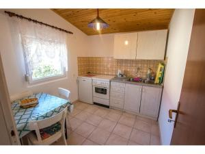 Apartments Velebit, Apartmanok  Stari Grad - big - 29