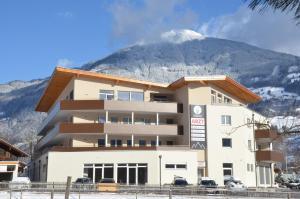 Aparthotel AlpTirol