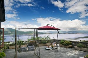 Cang Yue Yang Xin Sea View Hostel
