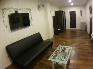 Malaya Guest House, Alloggi in famiglia  Budai - big - 10