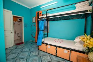 Bed in 4-Bed Female Dormitory Room with View Halong Party Hostel