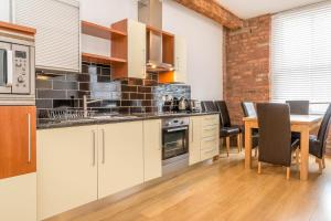 Manchester City Apartment M1