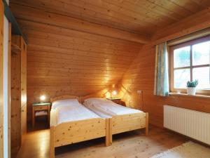 Haus Helene im Öko-Feriendorf, Holiday homes  Schlierbach - big - 15