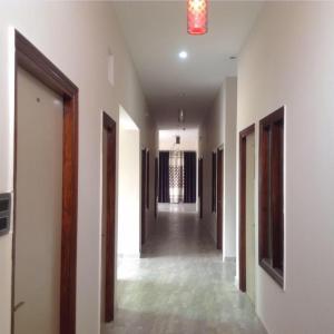 Hotel Sarojj Inn