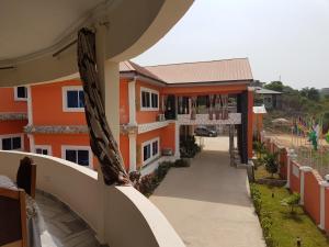 Nyaniba Hotel