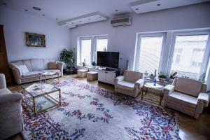 Apartment Tilevi