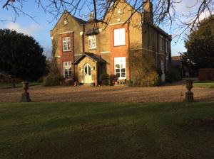 Taylard House, Bed & Breakfast  Gamlingay - big - 15