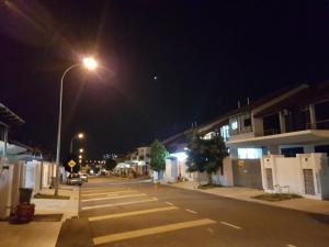 Kayangan Homestay, Ferienhäuser  Johor Bahru - big - 13