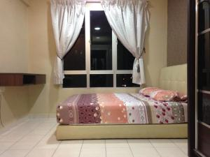 Cozy Homestay at Putra Place