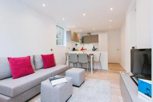 FG Apartment - Fulham, Mirabel Road XV