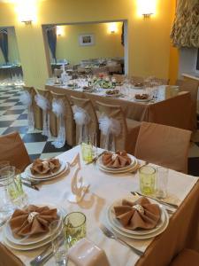 AMBER Hotel & Cafe, Hotely  Bohorodchany - big - 49