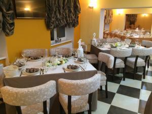 AMBER Hotel & Cafe, Hotely  Bohorodchany - big - 50