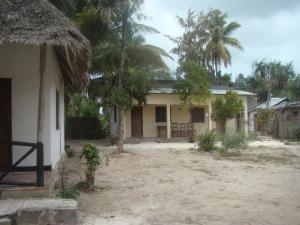 Nungwi Saturn Beach Bungalows