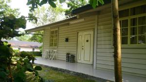 Lishe House