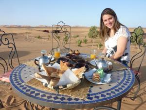 Riad Desert Camel, Hotels  Merzouga - big - 43