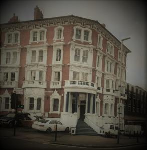Лестер - Victoria Hotel