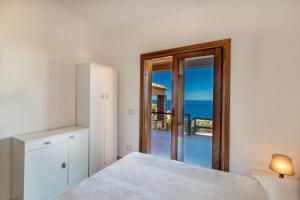 Rosa 5, Villas  Costa Paradiso - big - 10