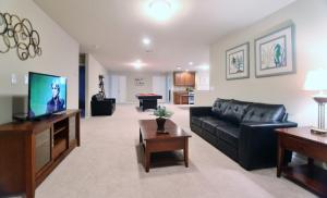 9 Bedroom Villa #1208, Villas  Davenport - big - 12
