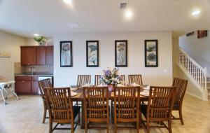 9 Bedroom Villa #1208, Villas  Davenport - big - 15