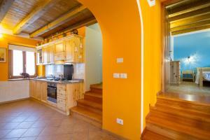 Casa delle Noci, Дома для отпуска  Grimacco - big - 24