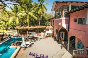 Selina Santa Teresa, Hotely  Santa Teresa Beach - big - 48