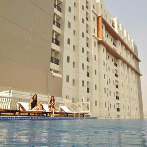 (The Condotel Mediapura at Northland Ancol Apartment)