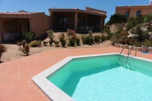 House Mavi, Vily  Costa Paradiso - big - 23