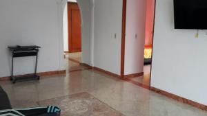 Habitaciones en Medellín (Apartahotel Ferjaz), Vendégházak  Medellín - big - 152