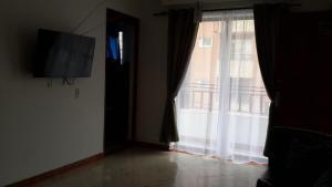 Habitaciones en Medellín (Apartahotel Ferjaz), Vendégházak  Medellín - big - 153