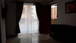 Habitaciones en Medellín (Apartahotel Ferjaz), Vendégházak  Medellín - big - 154