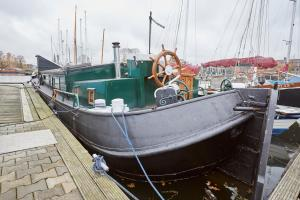 Historical Houseboat in Amsterdam