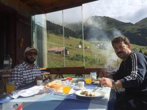 Azra Dağ Evi̇, Horské chaty  Güzelce - big - 33