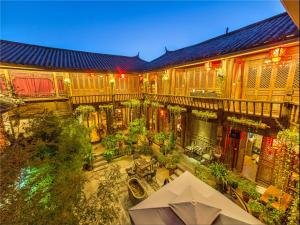 Lijiang Emerald Bay Inn