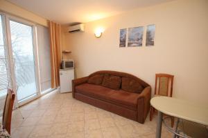 Dimovi Apartment, Ferienwohnungen  Chernomorets - big - 1
