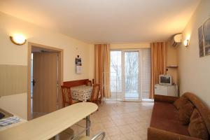 Dimovi Apartment, Ferienwohnungen  Chernomorets - big - 8