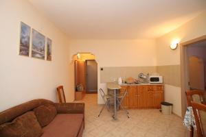 Dimovi Apartment, Apartmanok  Csernomorec - big - 6