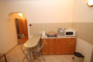 Dimovi Apartment, Apartmanok  Csernomorec - big - 4