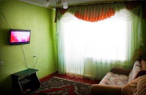 Апартаменты На Вали-Максимовой 21, Бийск