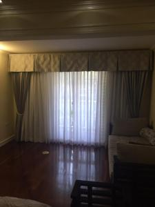 (Manor Court Grand Suite)